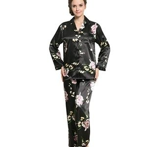 Other - Women's Long Sleeve Premium Satin Pajama Set